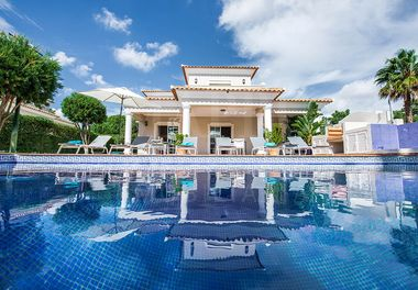 A Lovely 4 Bed Villa