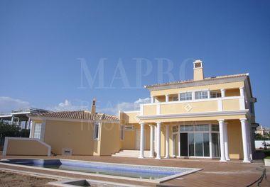 Villa in Vale Formoso