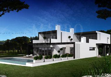 Contemporary Villa with Golf Views