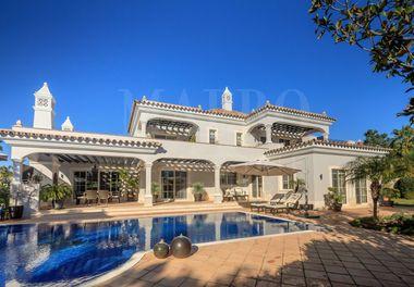 Stylish South Facing Villa