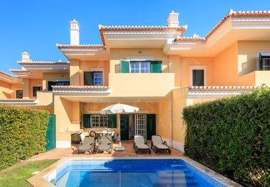 2 Bed Townhouse w/ Pool