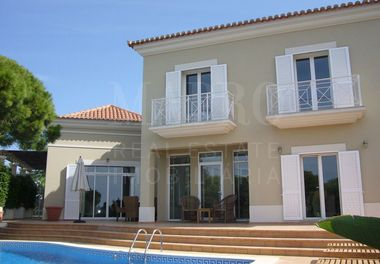 A Beautifully Furnished Villa